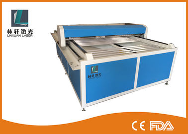 China Flat Bed Glass Tube CO2 Laser Engraving Cutting Machine For Wooden Arts / Crafts supplier